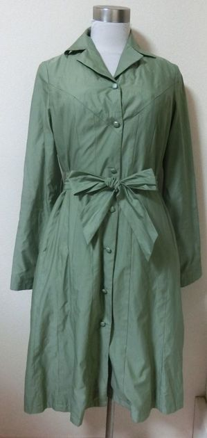 lightgrbackfabriccoat5.JPG.jpeg